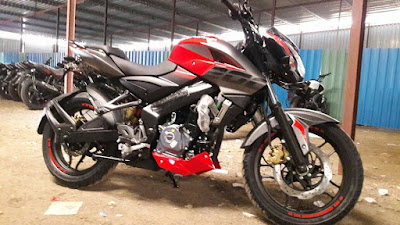 2017 Bajaj Pulsar 200NS new color