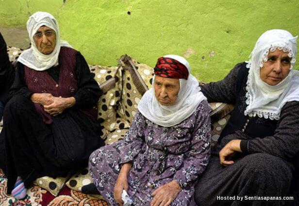 Berumur 130 Tahun, Menikah 3 Kali, Punya Cucu 450 Siapakah Sebenarnya Nenek Fenomenal Ini