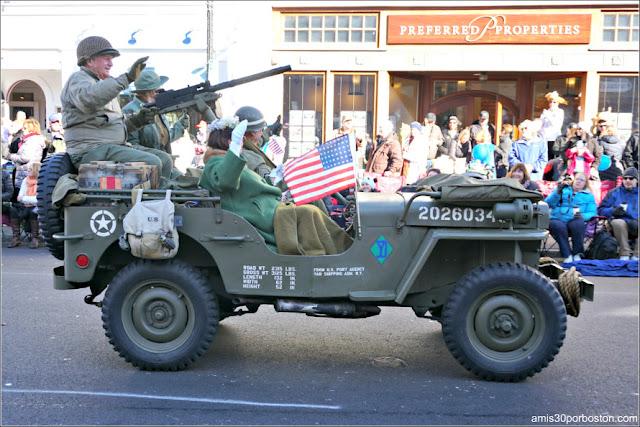 Militares en el Desfile de Acción de Gracias de Plymouth