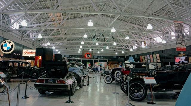 O que conhecer no San Diego Automotive Museum