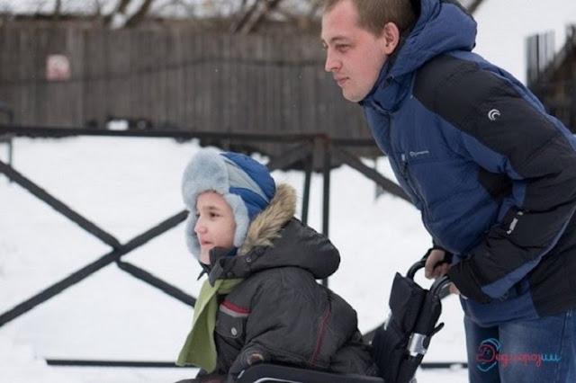 Мальчик по имени Илья 14 лет прожил в детском доме! Родители не захотели воспитывать больного ребенка!