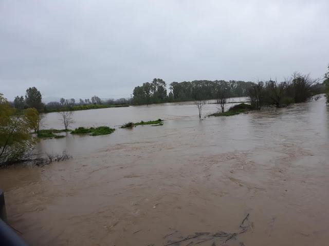 ΕΚΤΑΚΤΟ-Έκλεισε λόγω πλημμύρας η Κωπαΐδα-Έσπασαν τα αναχώματα του ...