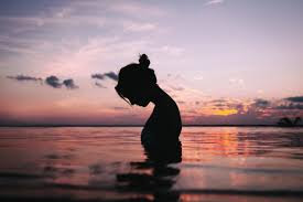 6 Alasan Mengapa Kamu Harus Sering Intropeksi Diri. The Zhemwel