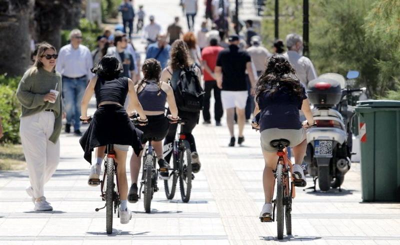 Παύλος Μιχαηλίδης: Εκτός ελέγχου πλέον η κατάσταση με όσους ποδηλατούν επάνω στα πεζοδρόμια
