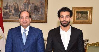 صلاح يحث زملاءه اللاعبين على التبرع لتحيا مصر