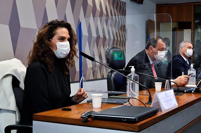 Discutir cloroquina é 'escolher de que borda da Terra plana a gente vai pular', afirma médica à CPI