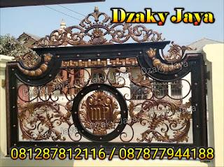 Foto Pagar Besi Tempa yang Dzaky Jaya pasang di Kota Subang, Jawa Barat.