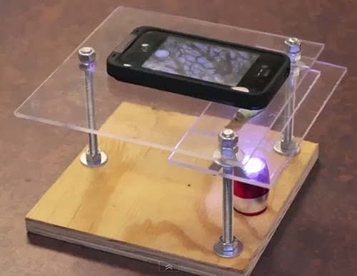 01-Phone-on-Stand-Smartphone-to-Digital-Microscope-Kenji-Yoshino-aka-kmyoshino-www-designstack-co