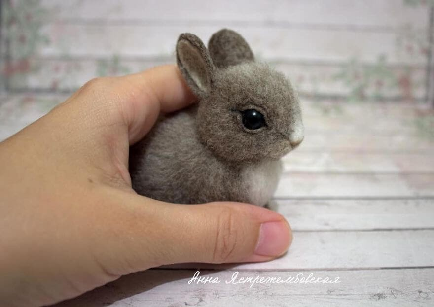 08-Bunny-Rabbit-A-Yastrezhembovskaya-Felting-Wool-Animal-www-designstack-co