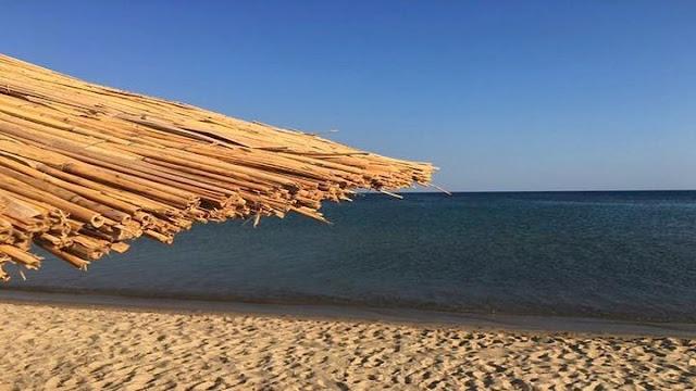 Μέσα Μαΐου θα λειτουργήσουν οι παραλίες και τα beach bars
