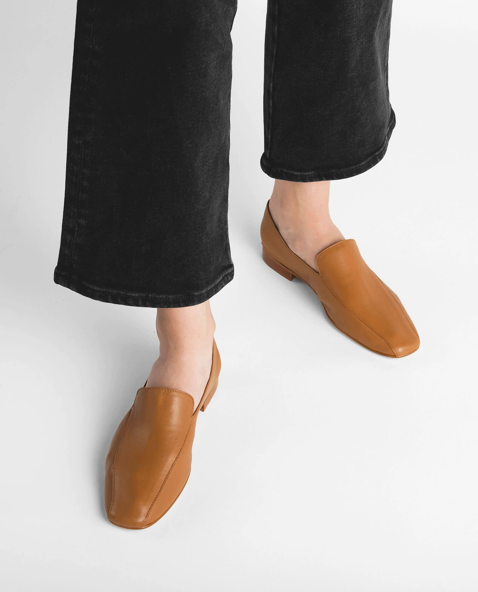 viola leather loafers