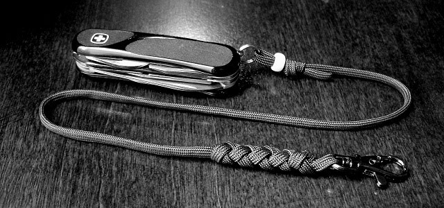 Stormdrane S Blog Paracord And Leather Turks Head Knot