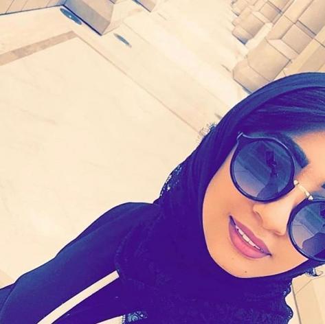 هند عيسى موظفة سعودية تبحث عن زوج تتكفل بالمصارف والمهر
