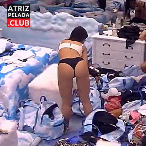 Bianca Andrade de calcinha no Big Brother Brasil 20