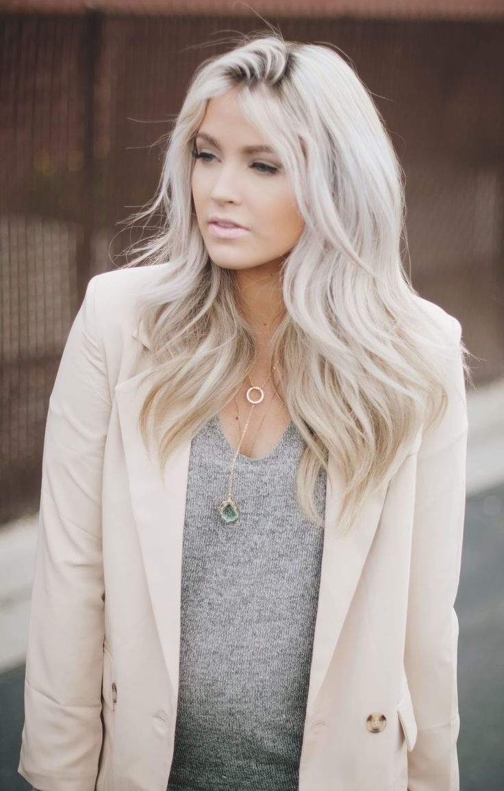 Gorgeous Platinum Hairstyles!