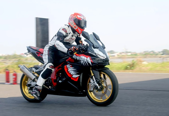 Honda CBR250rr drag bike
