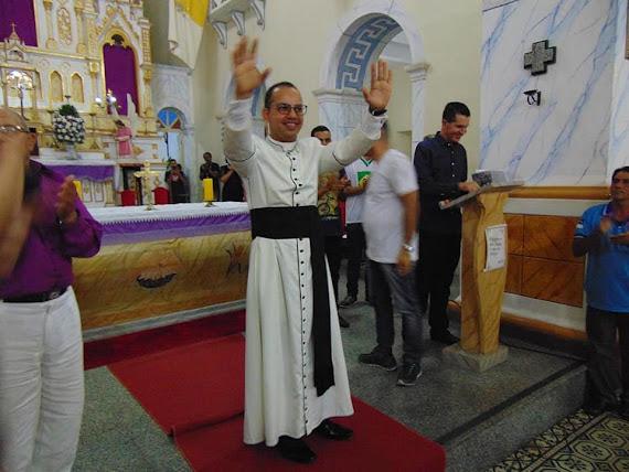 Blog do Tiago Padilha: Padre Rivaldo Peixoto toma posse como novo ...