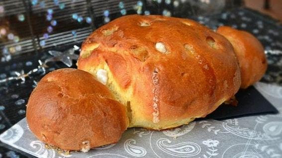Cougnou o pan de Jesus. Postre tipico navideño. Belgica