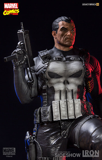 osw.zone Iron Studios 1/4 Scale Frank Castle The Punisher Legacy replica 28-inch tall statue looks good