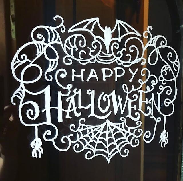 Halloween mit Kindern - Fensterbild Kreidestift