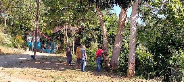 SMA Negeri 1 Sungai Beremas Kedatangan  Tim pengukuran lahan pembuatan Pagar di SMA Negeri 1 Sungai Beremas