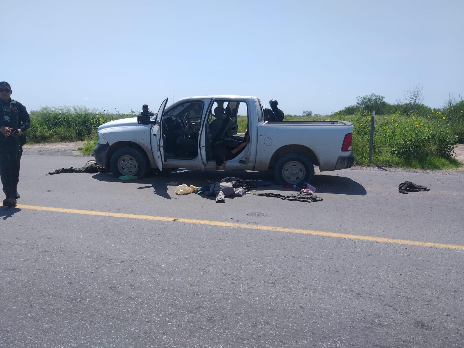 """Fotos: """"Armados y con los ojitos cerrados"""", Así quedaron los Sicarios que se envalentonaron y enfrentaron a Estatales en Tamaulipas"""
