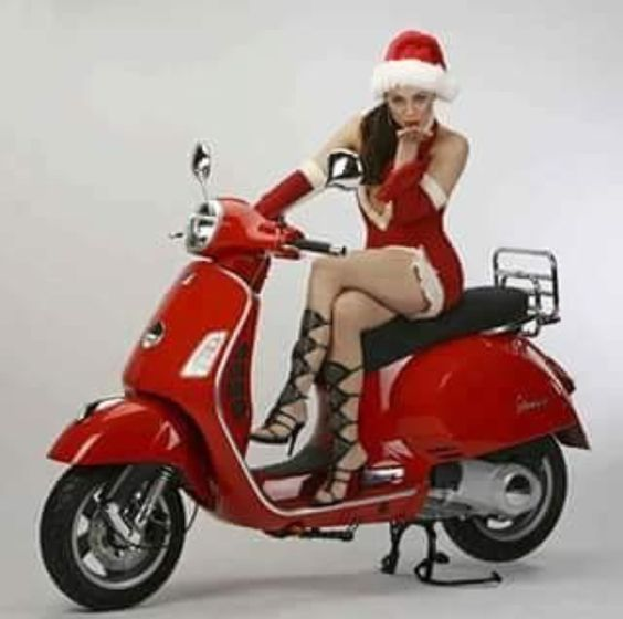Women bike and Merry Christmas, Mulher moto e feliz natal, Mrs. Claus on a motorcycle, mamãe noel em moto, Christmas gift, Presente de Natal,Mulheres de moto, mulher sensual na moto, gostosa em moto, Mulher semi nua em moto, babes on bike with jeans, Women on bike with jeans, sexy on bike with pants,sexy on motorcycle, babes on bike, ragazza in moto, donna calda in moto,femme chaude sur la moto,mujer caliente en motocicleta, chica en moto, heiße Frau auf dem Motorrad