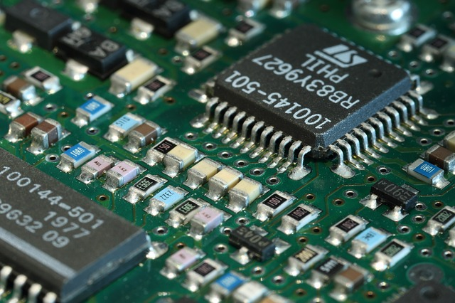 Cara melepas IC laba laba tanpa solder uap (blower)