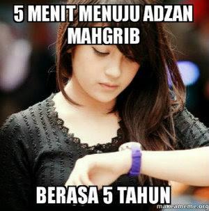 12 Meme 'Menunggu Adzan Maghrib' Ini Kocak Banget Bikin Ngakak