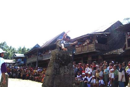 5 Fakta Suku Nias, Bangsa Petarung Asli Indonesia
