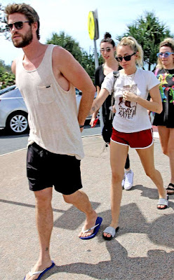 MILEY CYRUS & LIAM HEMSWORTH Chumming it Up at Lunch NO PROBLEMS HERE!!