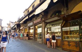 Ponte Vecchio o Puente Viejo.