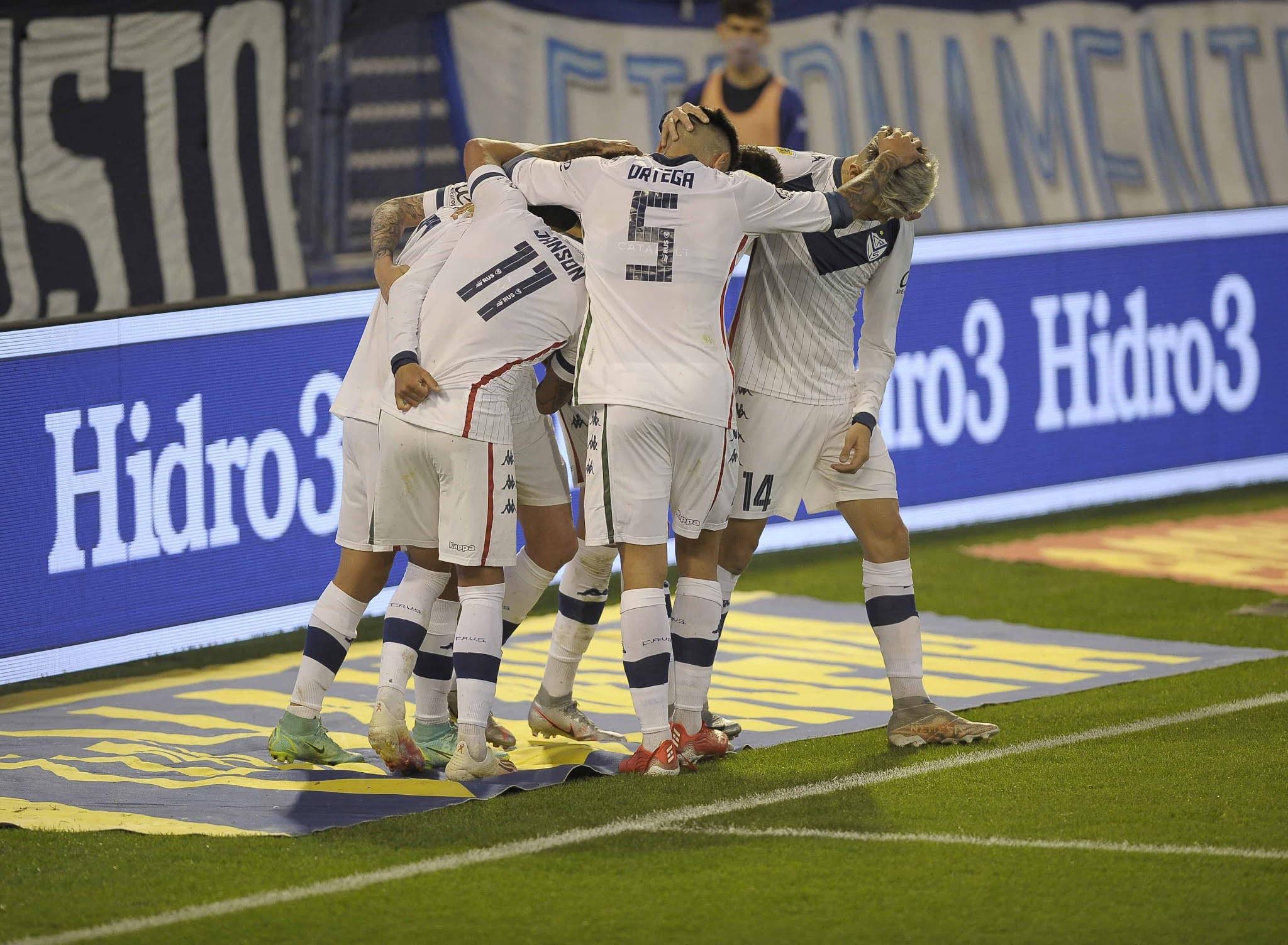 Vélez se lució al golear a Godoy Cruz en Liniers