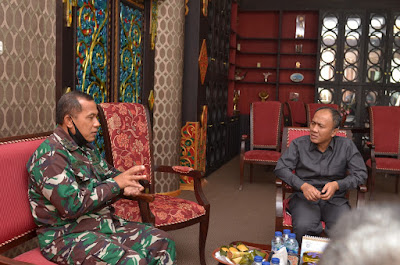 Danlanal Mataram Kunjungi Bupati Lombok Barat
