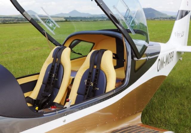 Tomark Viper SD-4 interior