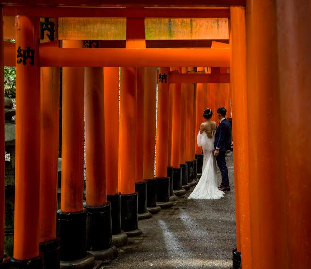 Fushimi Inari-Taisha ... de boda :: Canon EOS5D MkIII | ISO400 | Canon 24-105@47mm | f/4.0 | 1/25s