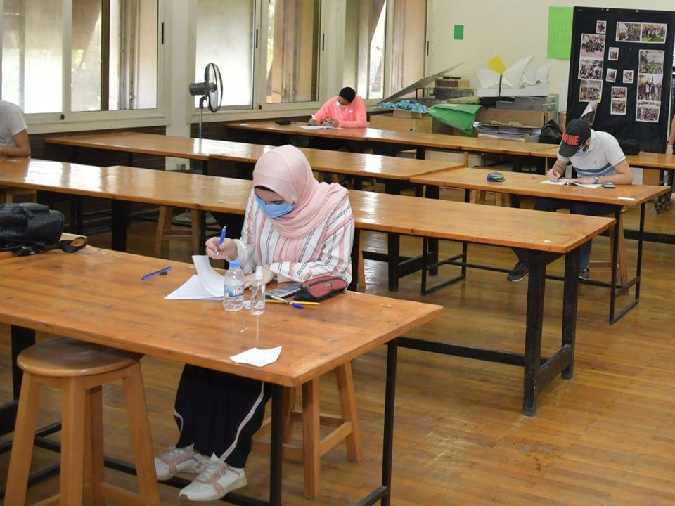 ♦استئناف امتحانات طلاب السنوات النهائية بكليات جامعة القاهرة اليوم•