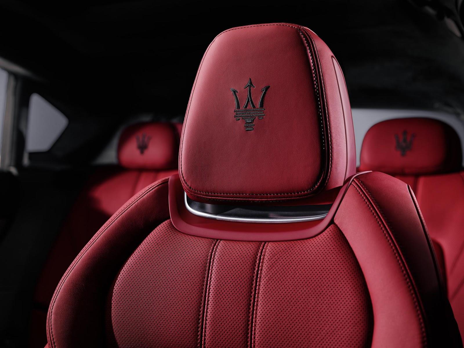SUV hạng sang Maserati Levante 2017 có giá 1,5 tỷ đồng