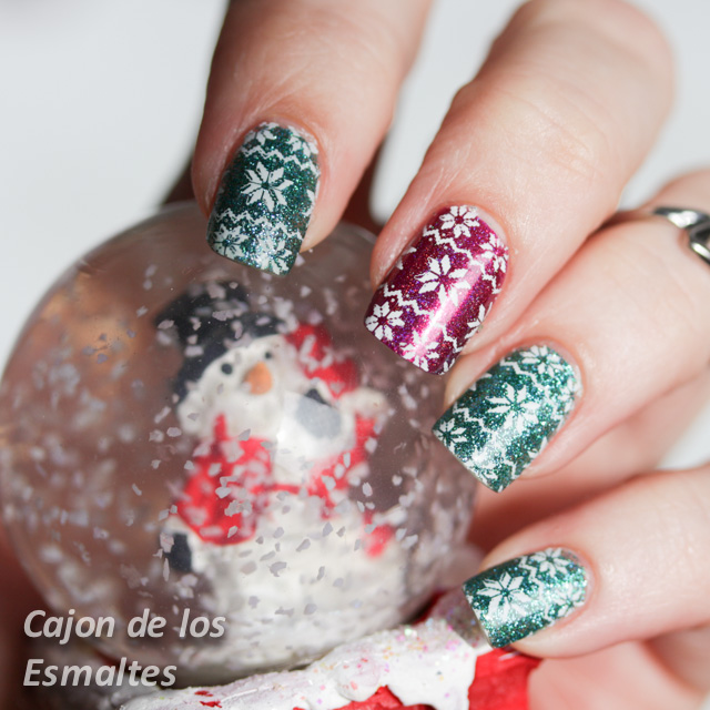 Uñas navideñas - jersey o buzo navidad