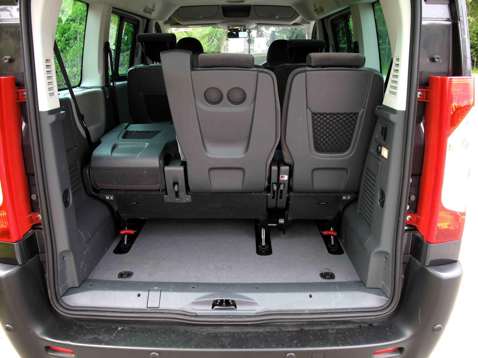 irish car travel magazine road test citroen dispatch combi. Black Bedroom Furniture Sets. Home Design Ideas