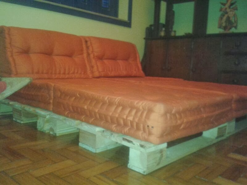 sofas feito de carros