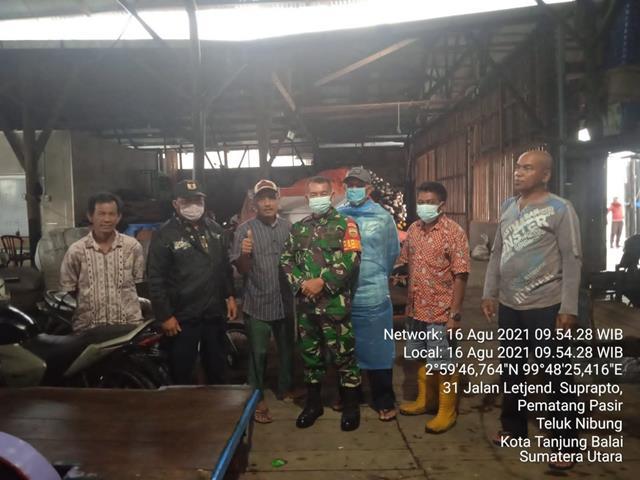 Dengan Cara Komsos, Personel Jajaran Kodim 0208/Asahan Himbau Warga Masyarakat Pakai Masker