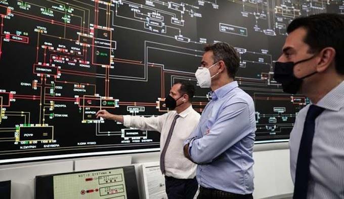 Με... ατομική ευθύνη η διαχείριση του καύσωνα και στο ρεύμα - Οδηγίες Μητσοτάκη για περιορισμό της χρήσης σε ώρες αιχμής