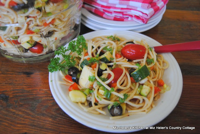 Italian Summer Salad at Miz Helen's Country Cottage