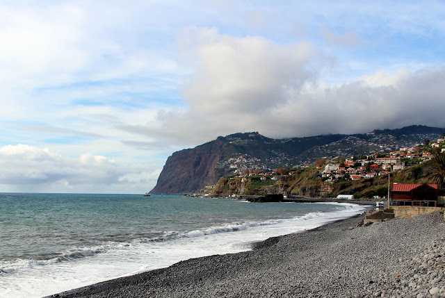 Praia Formosa: an authentic beach in Madeira