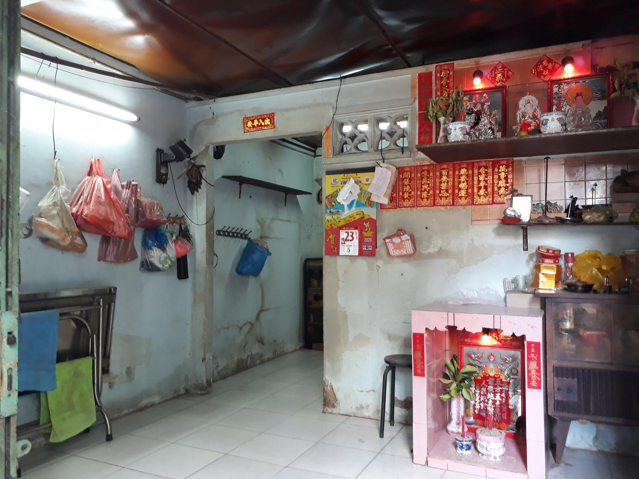 Bán nhà hẻm đường Kênh Tân Hóa quận Tân Phú cách Mặt tiền đường 15m