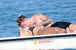 Bella-Thorne-continue-their-love-filled-romantic-holiday-in-Sardinia%2C-Italy.-77fcn96pgw.jpg