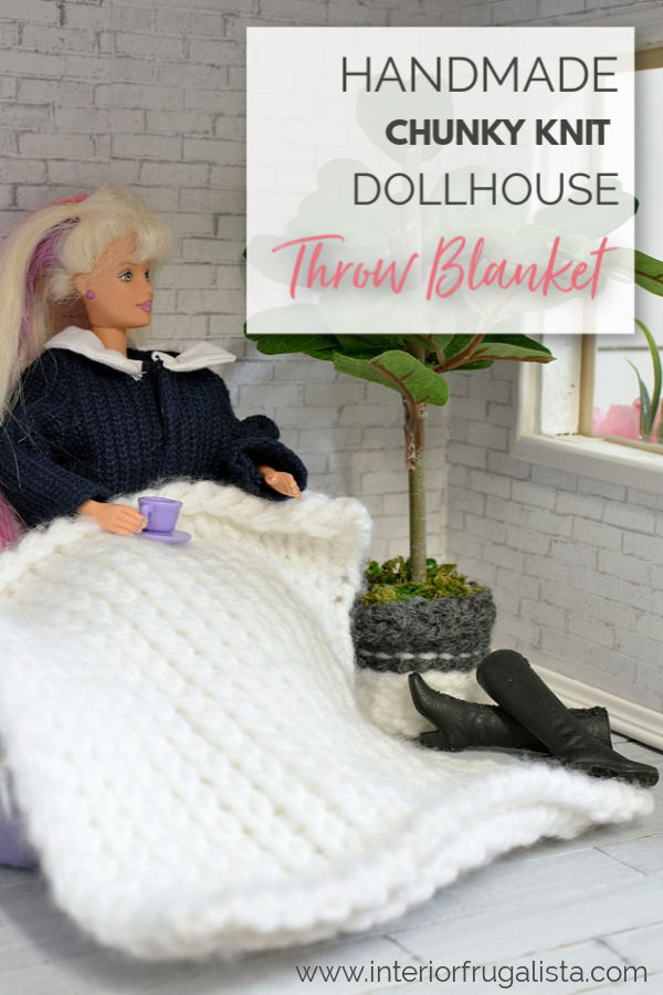 Two DIY dollhouse accessory ideas with yarn. How to make a trendy diamond shag area rug and a miniature chunky knit blanket throw with a crochet hook. #dollhouseminiature #dollhouseblanket #chunkyknitblanket