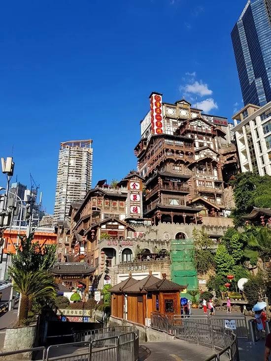 The beauty of Hongyadong in Chongqing