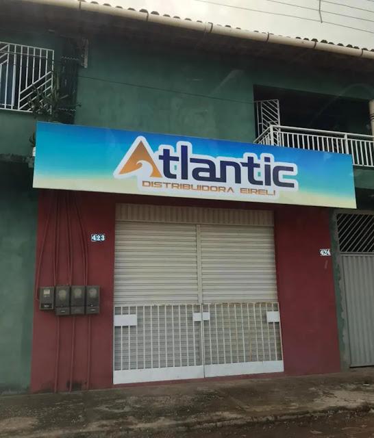 Suposto endereço da TRADE DISTRIBUIDORA, com placa de outra empresa (ATLANTIC).